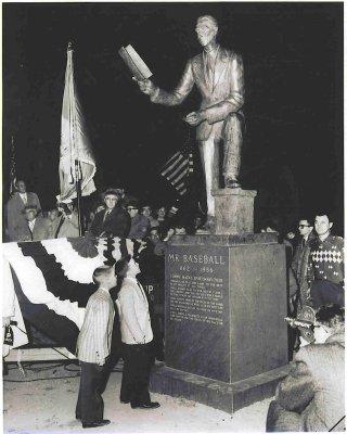 Mack_statue1957